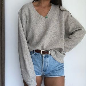 Gap natural oversized v neck lambswool sweater XL